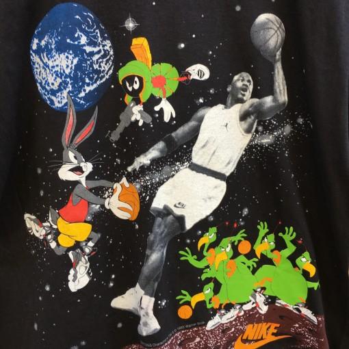 vintage 1992 Michael Jordan NIke Looney Tunes martians bugs bunny t shirt