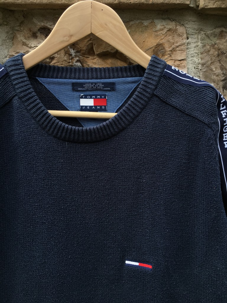 358200e2 90's Tommy Hilfiger Jeans Navy Blue Sweater Size Medium | Rare Vntg