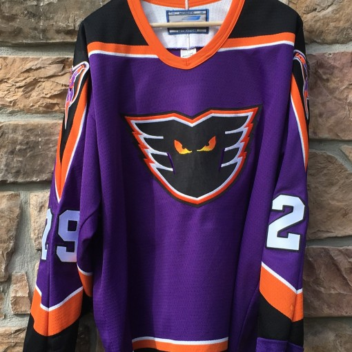 vintage Frank Bialowas Philadelphia Phantoms Bauer AHL jersey size large purple