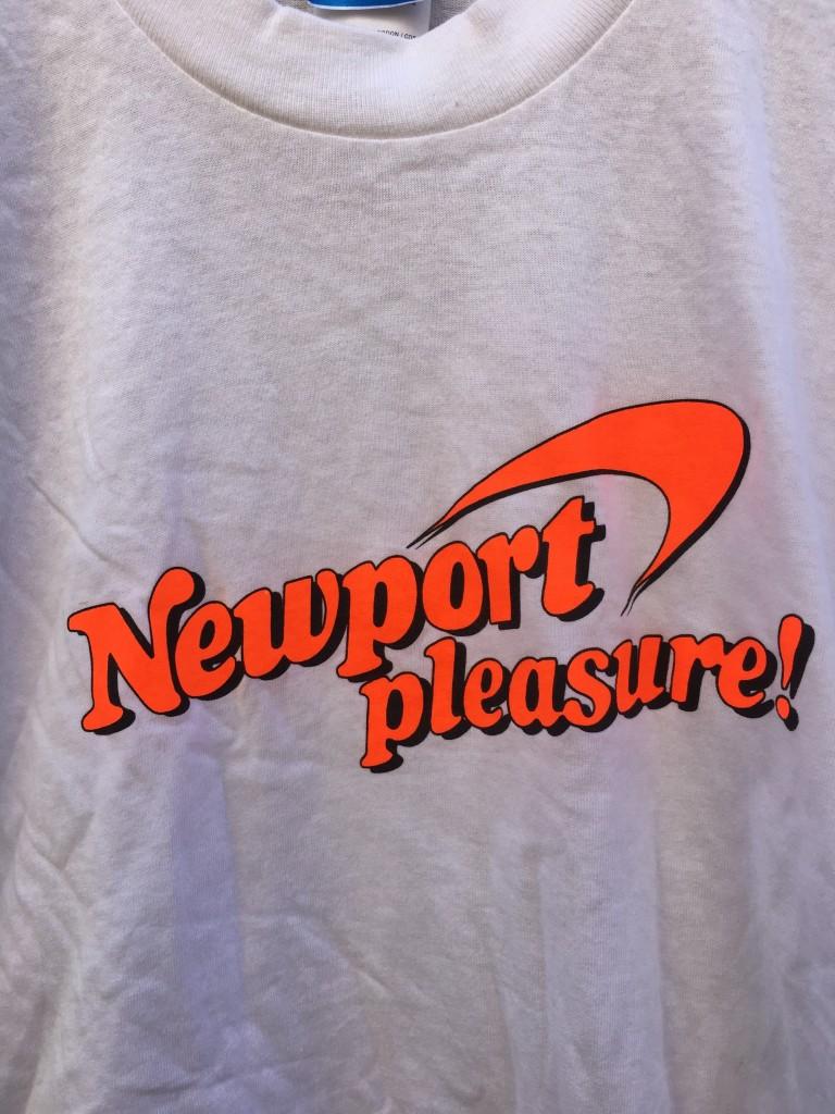8b581726a deadstock vintage 90 s Newport Pleasure! Cigarette t shirt