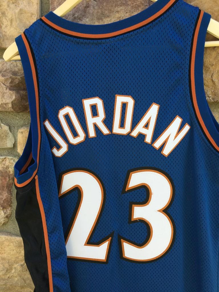5b208aaae536c 2001 Michael Jordan Washington Wizards Nike Authentic NBA Jersey Size 40