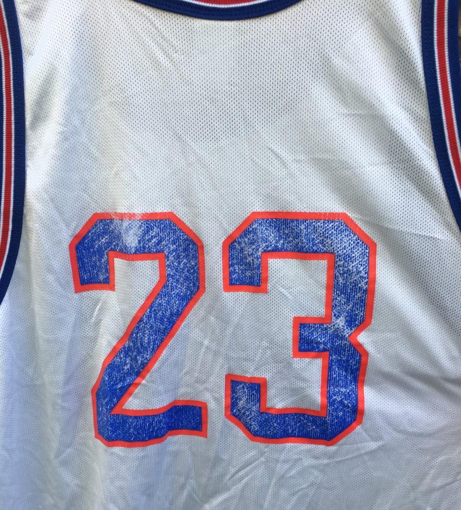90c574ccb3d154 vintage size 52 Champion Tune squad michael jordan jersey. vintage 90 s  Space Jam Michael Jordan jersey