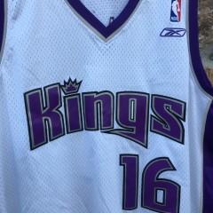 vintage Peja Stojakovic Sacramento Kings NBA jersey