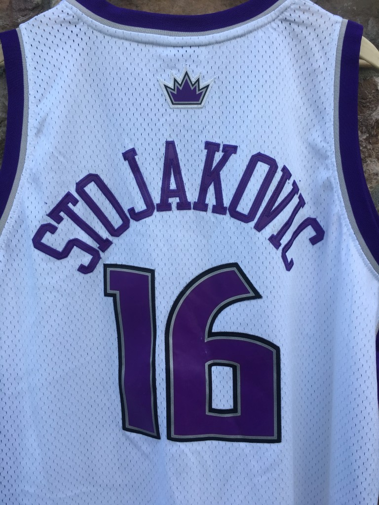 2002 Peja Stojakovic Sacramento Kings Reebok Swingman NBA Jersey ... 2266b2ad1