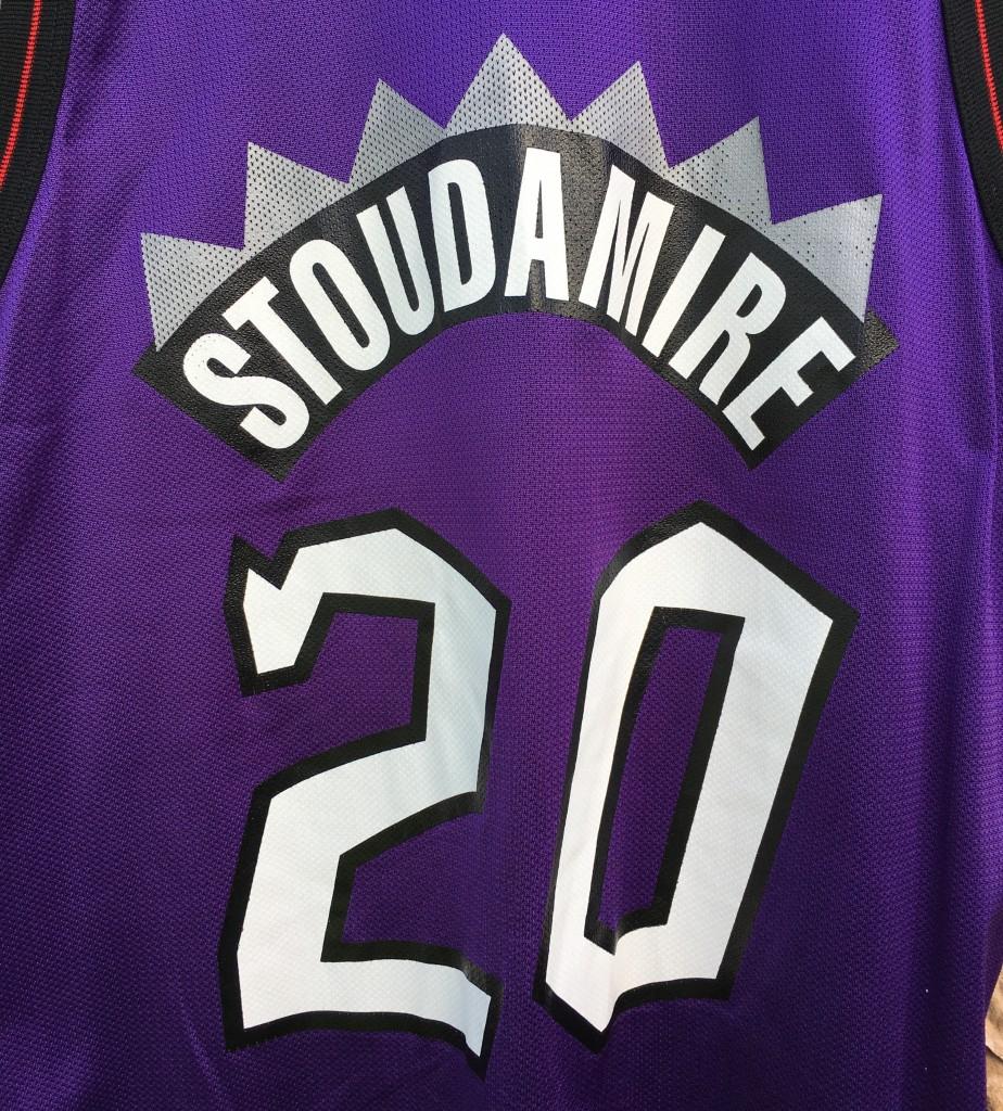 1996 Damon Stoudamire Toronto Raptors Champion NBA Jersey Size 44 ... f3ab62cc8