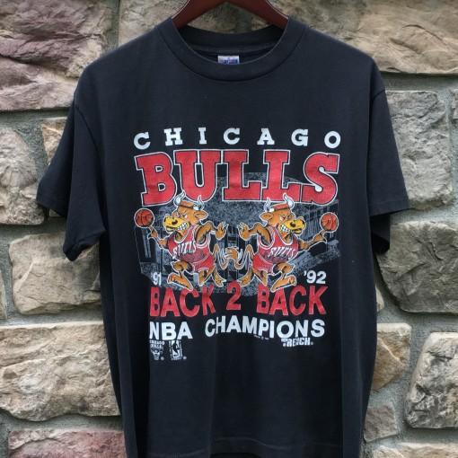 91-92 chicago bulls back to back nba champions shirt size medium large