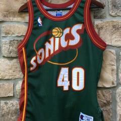 authentic shawn kemp seattle supersonics green champion nba jersey size 40 medium