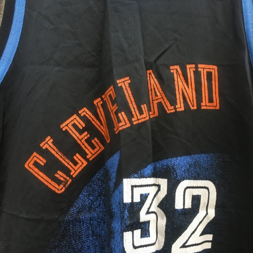 cleveland cavaliers 90's throwback jersey