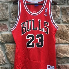 michael jordan chicago bulls 90's champion red nba jersey size 44 large