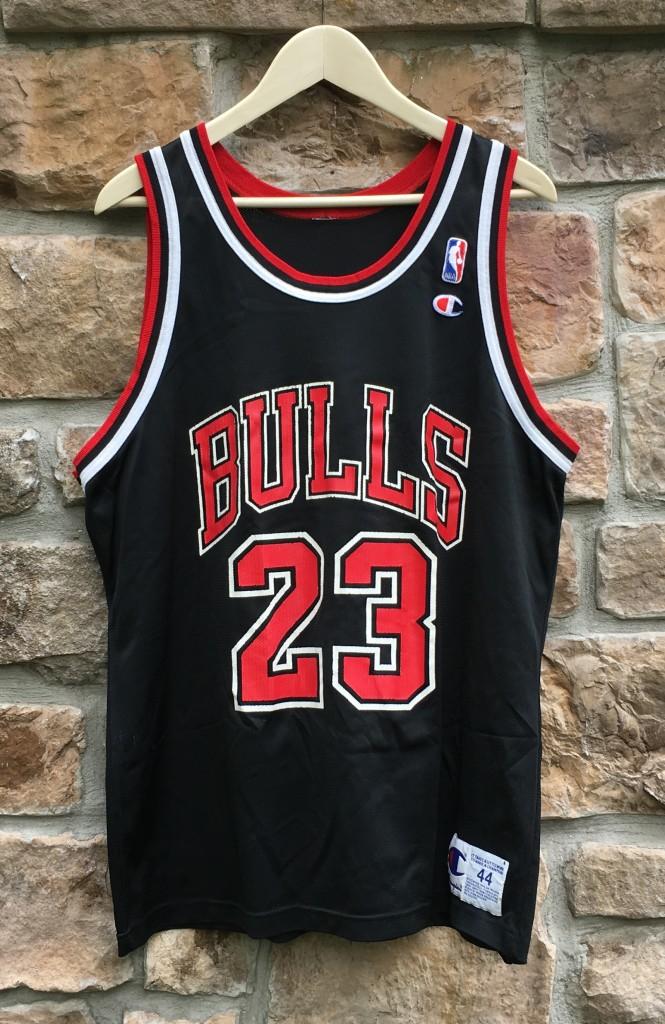 vintage 90's Michael Jordan chicago bulls champion nba jersey size 44 large