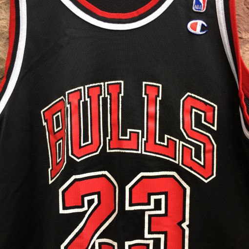 vintage MJ Bulls Champion NBA jersey size large