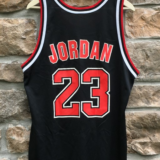 vintage 90's Michael Jordan Chicago Bulls Champion NBA jersey