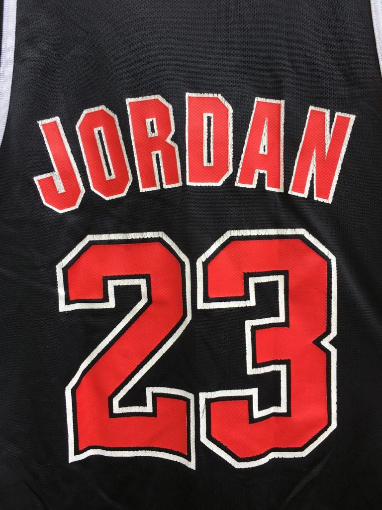 black vintage MJ alternate jersey 90 s. vintage 90 s Michael Jordan Chicago  Bulls Champion NBA jersey. size 44 vintage champion jersey fe5b993b0