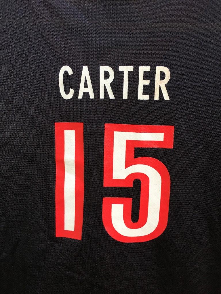 2ba42c639865 Vince Carter vintage raptors champion NBA jersey Youth XL. Vince carter  toronto raptors jersey