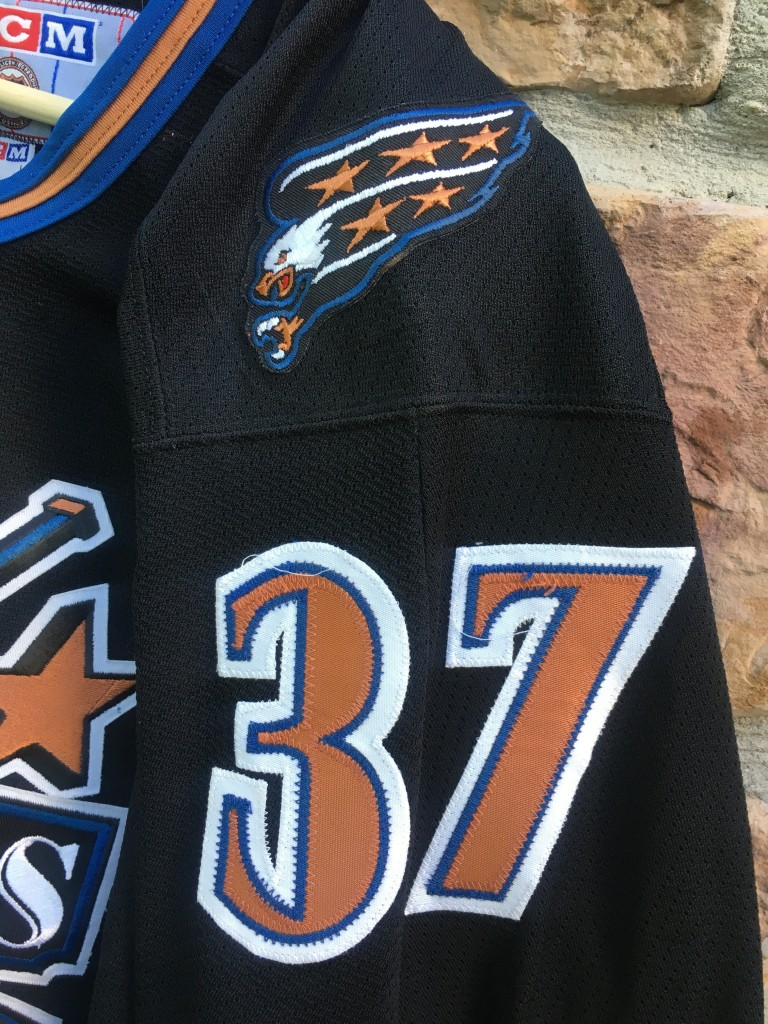 f9c2d7df vintage Olaf Kolzig Washington capitals CCM NHL jersey size large. Kolzig  Capitals jersey