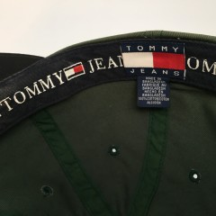 vintage tommy jeans hat