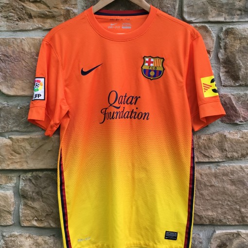 2012-13 Barcelona Qatar foundation orange yellow soccer futbol jersey size small nike authentic