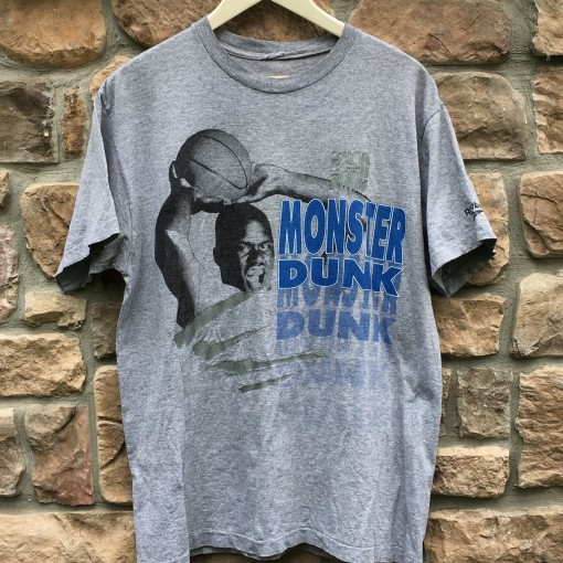 vintage 90's Shaquille O'neal reebok monster dunk t shirt size large
