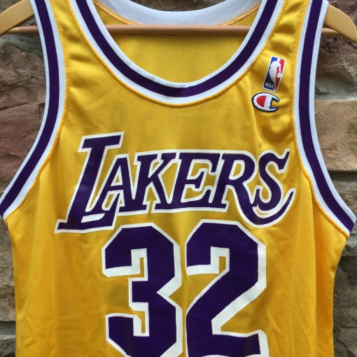 90's Magic Johnson Los Angeles Lakers Champion NBA jersey size 44 Large deadstock