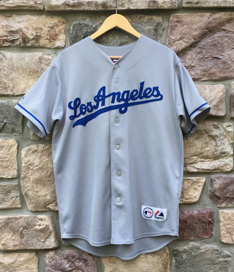 591a301e0 Vintage Manny Ramirez Los Angeles Dodgers Majestic MLB jersey size small  grey