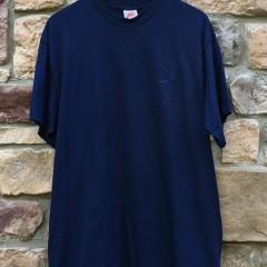 early 90's Nike Navy Blue crew neck t shirt size large