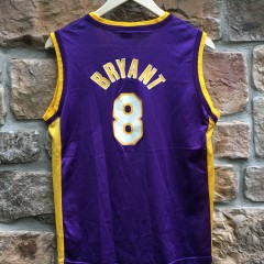 2001 Kobe Bryant Los Angeles Lakers #8 Champion Jersey youth size large purple