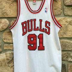 1998 Authentic Chicago Bulls Dennis Rodman Nike White Jersey size 44 Large