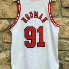 38b26027907 1998 Authentic Chicago Bulls Dennis Rodman Nike White Jersey size 44 Large