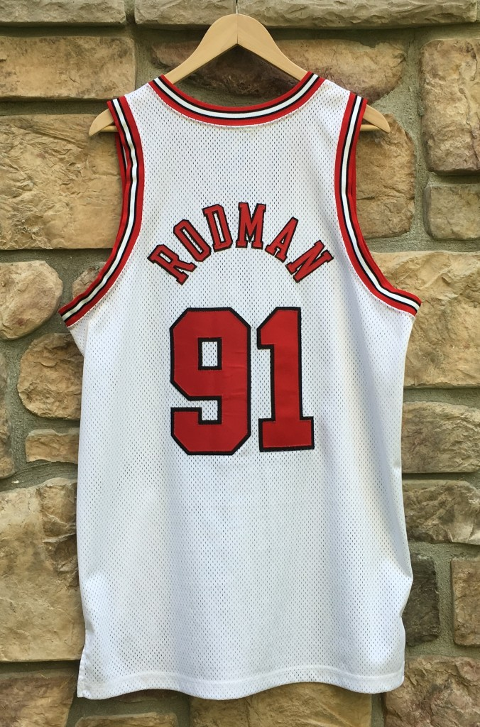 1998 Authentic Chicago Bulls Dennis Rodman Nike White Jersey size 44 Large 1613c87d1