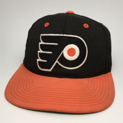 vintage 90's Philadelphia Flyers Sports Specialties Plain Logo Snapback hat