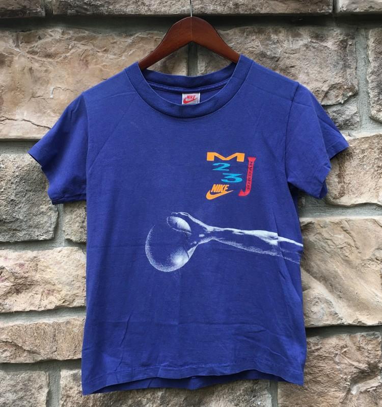 7f41235a78ebf7 90 s vintage Michael Jordan Wings T shirt size small purple