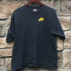 early 90's nike Andre Agassi challenge court t shirt size medium