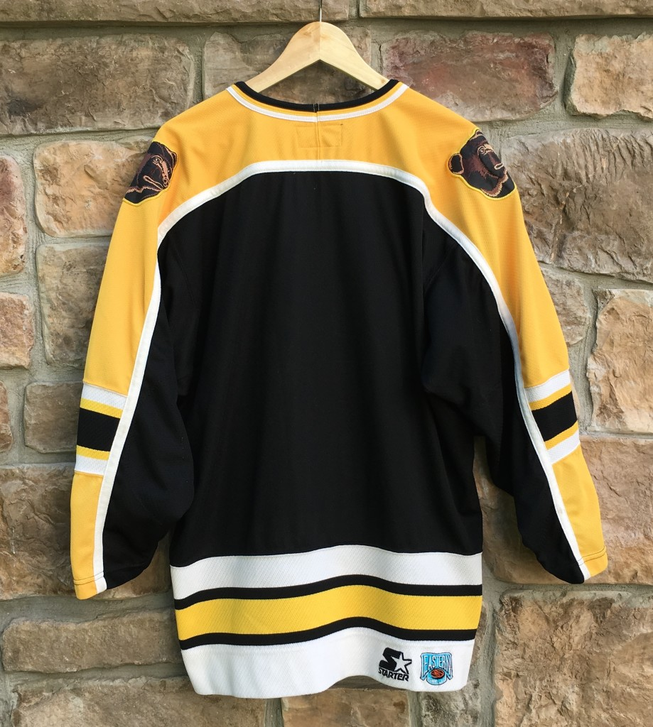 90 s Boston Bruins Starter NHL hockey jersey size medium 62662452b