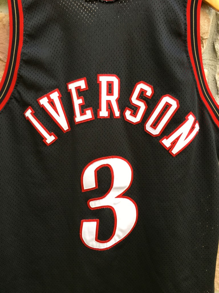 14364fb3b 1998 Allen Iverson Philadelphia Sixers Authentic Champion NBA jersey size  44 large black mesh