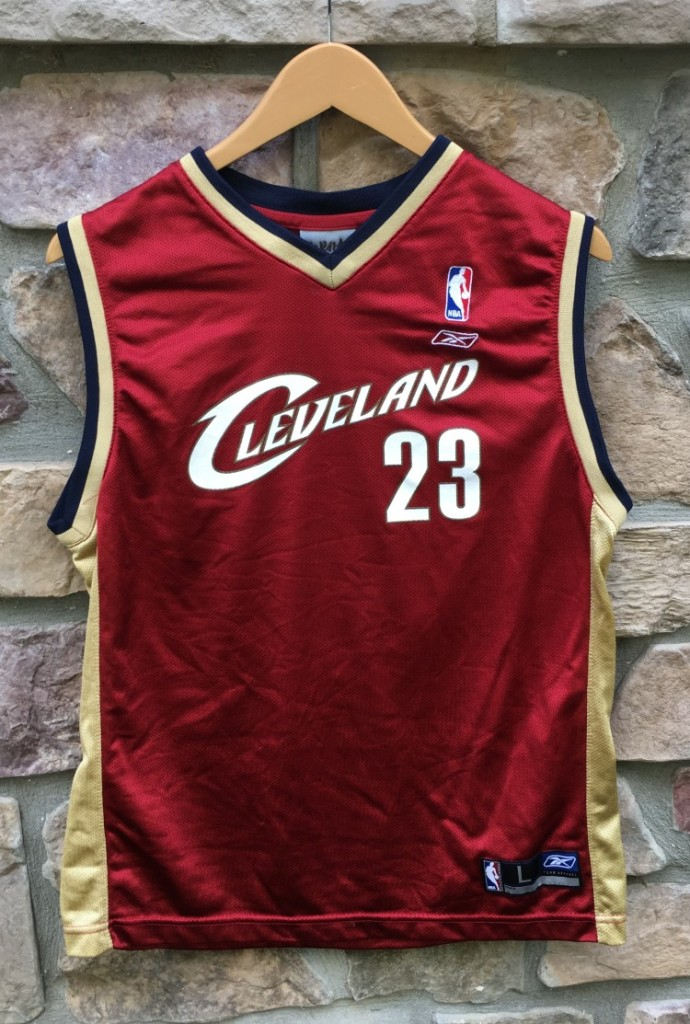 more photos 8d521 2278a 2003 LeBron James Cleveland Cavaliers Reebok NBA Jersey Youth Large
