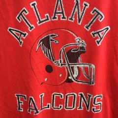 80's Atlanta Falcons Champion NFL T shirt size XL red helmet