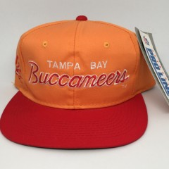 vintage 90's Tampa Bay Buccaneers Sports Specialties script NFL snapback hat creamscicle orange