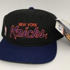 90's New York Knicks Sports Specialties Script NBA snapback hat deadstock