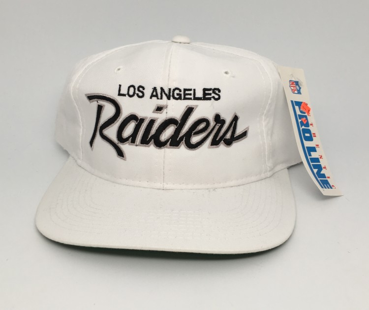 a82740b1368 90 s Los Angeles Raiders Sports Specialties Script snapback deadstock NFL