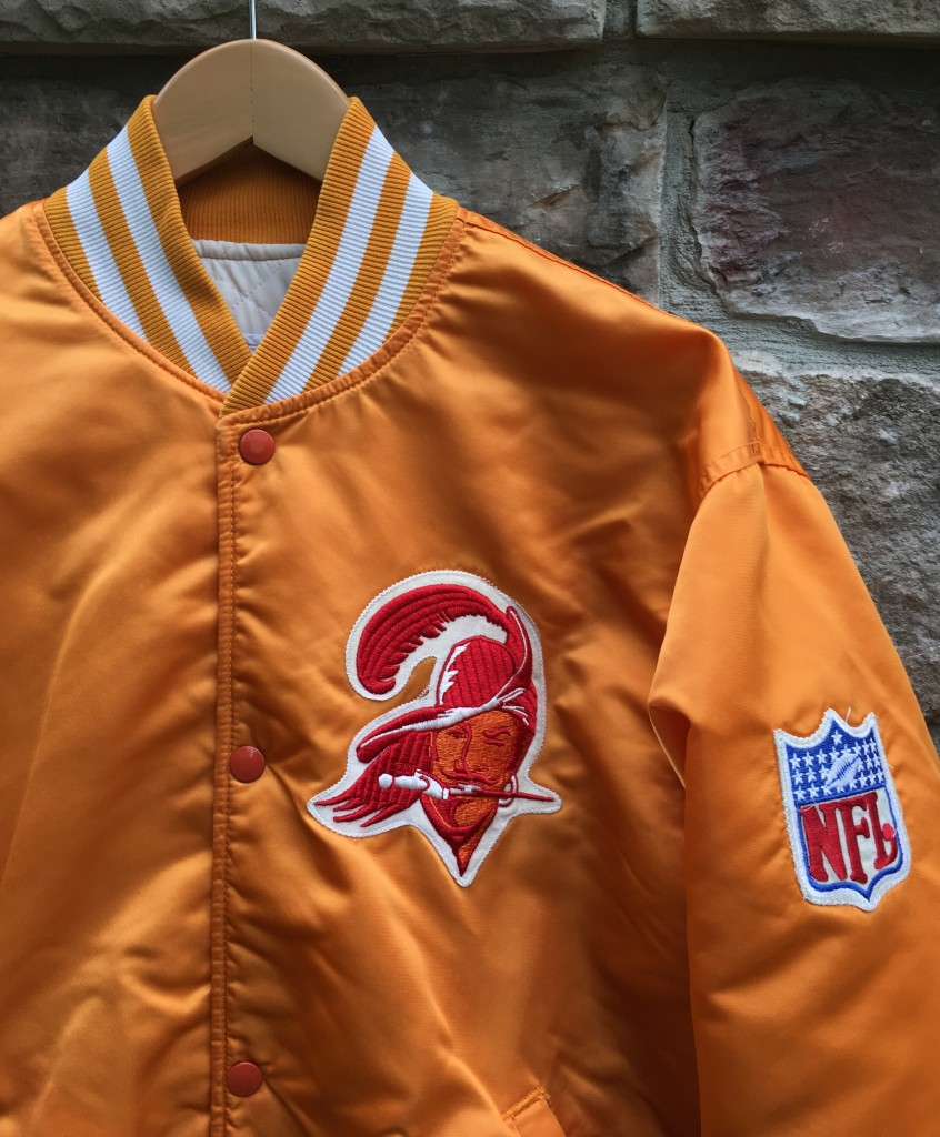 buy popular 92484 a4d5a 90's Tampa Bay Buccaneers #8 Custom Starter Satin Jacket Size Large