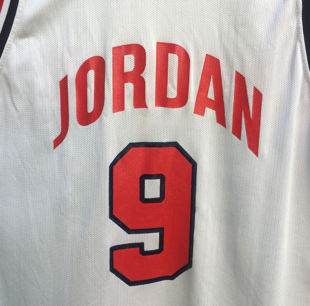 hot sale online ffd18 9373f 1992 Michael Jordan Team USA Dream Team Champion Jersey Size 48