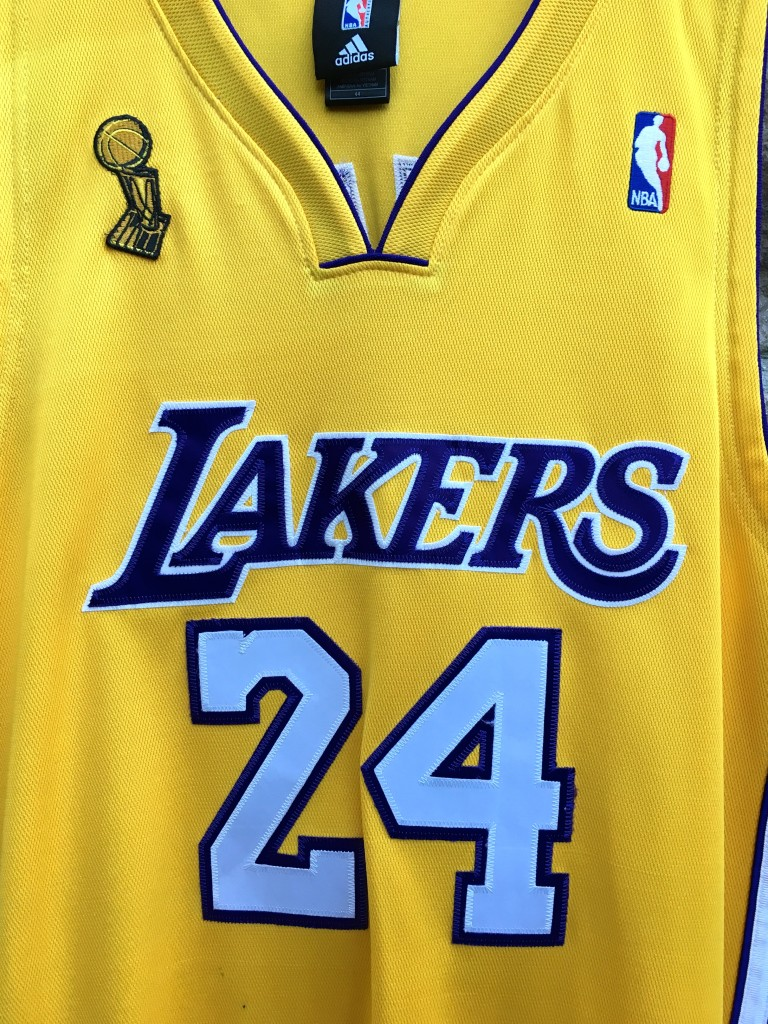 a460034c917 2009 Los Angeles Lakers Kobe Bryant Authentic LA Lakers Adidas NBA Jersey  size 44 Large