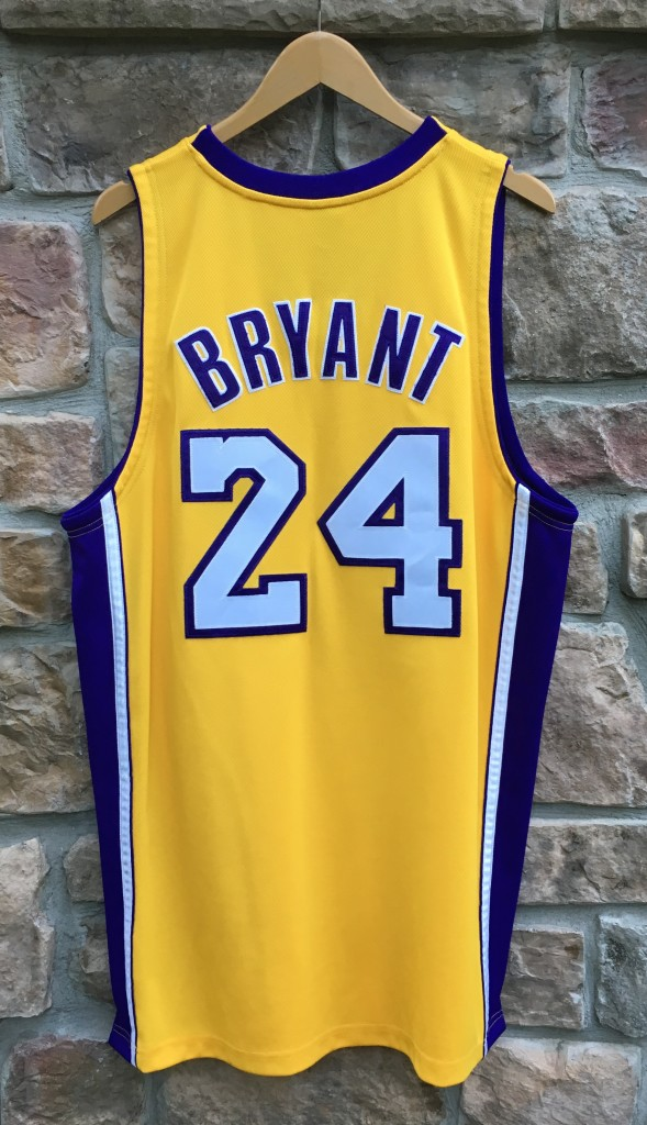 pretty nice 55563 9b05b 2009 Kobe Bryant Los Angeles Lakers Authentic Adidas NBA Finals Jersey Size  44
