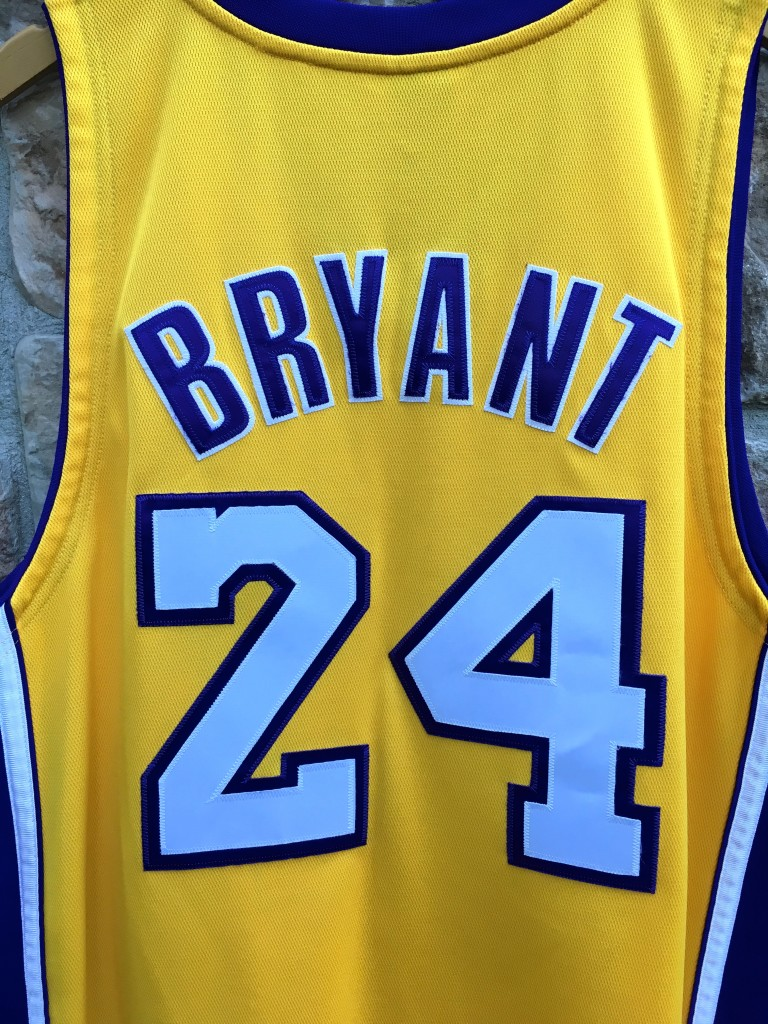 942835b7f9e 2009 Los Angeles Lakers Kobe Bryant Authentic LA Lakers Adidas NBA Jersey  size 44 Large