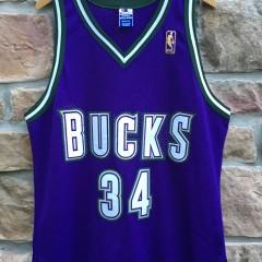 1997 Milwaukee bucks Ray Allen Authentic Champion NBA jersey size 48 XL Gold logo 50th Anniversary