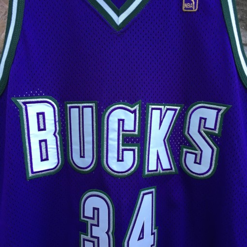 1997 Milwaukee bucks Ray Allen Authentic Champion NBA jersey size 48 XL Gold logo 50th Anniversary