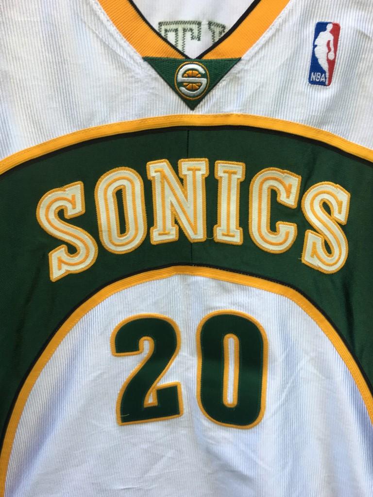 timeless design caaf2 8ecdb 01-02 Gary Payton Seattle Supersonics Reebok Pro Cut Authentic NBA Jersey  Size 44+2