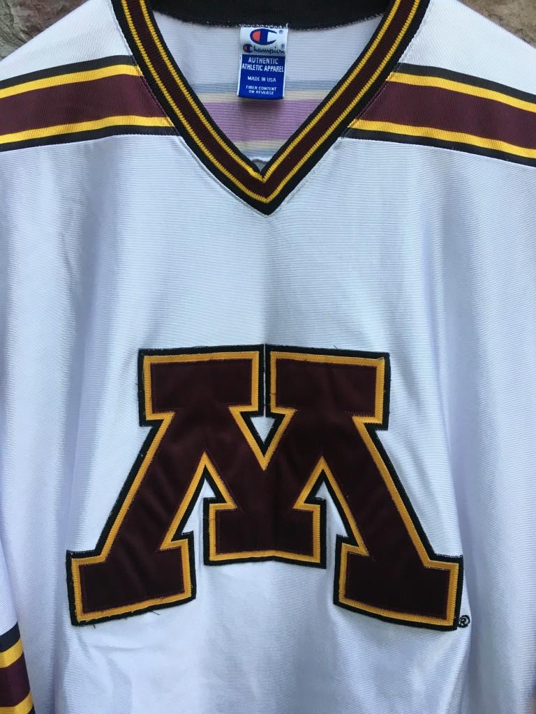 37b4ff24b 90 s University of Minnesota Golden Gophers Champion NCAA hockey jersey  size 48