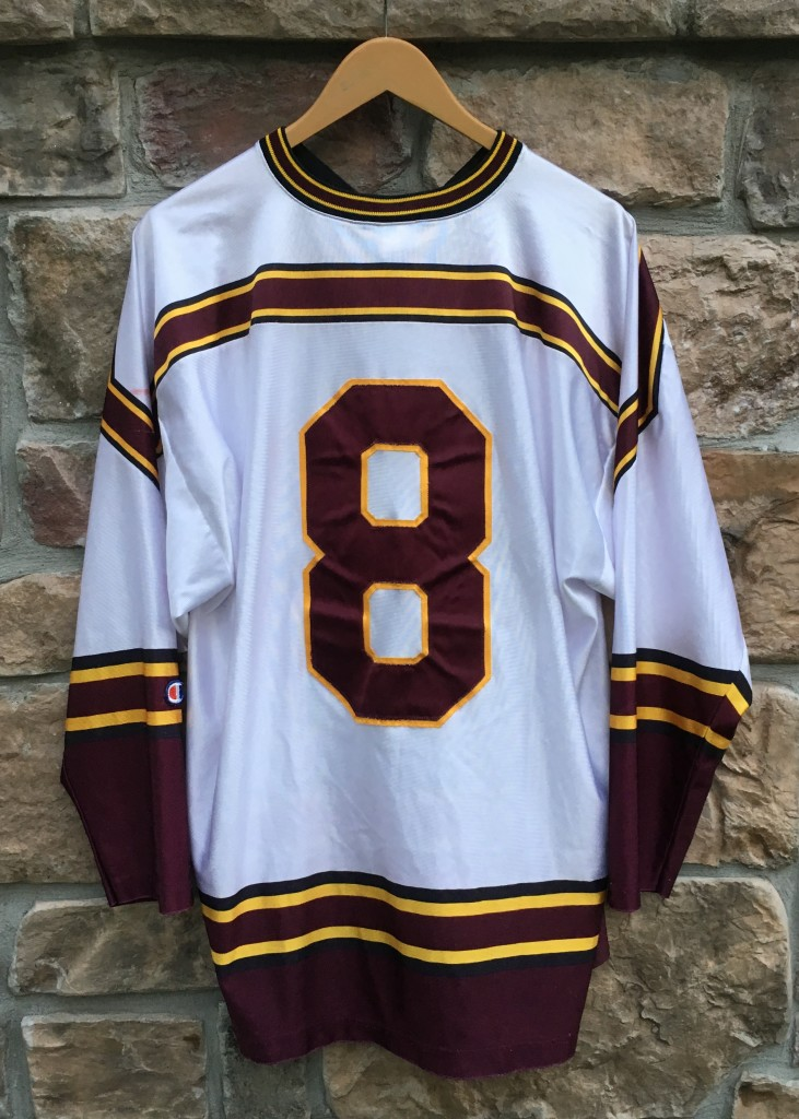 2000s University Of Minnesota Gophers Nike Team Hockey Jersey Championship Year Fan Apparel & Souvenirs
