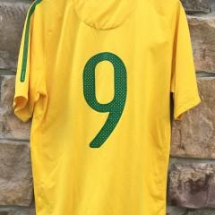 2000's Brazil Soccer futball jersey nike size large #9 yellow